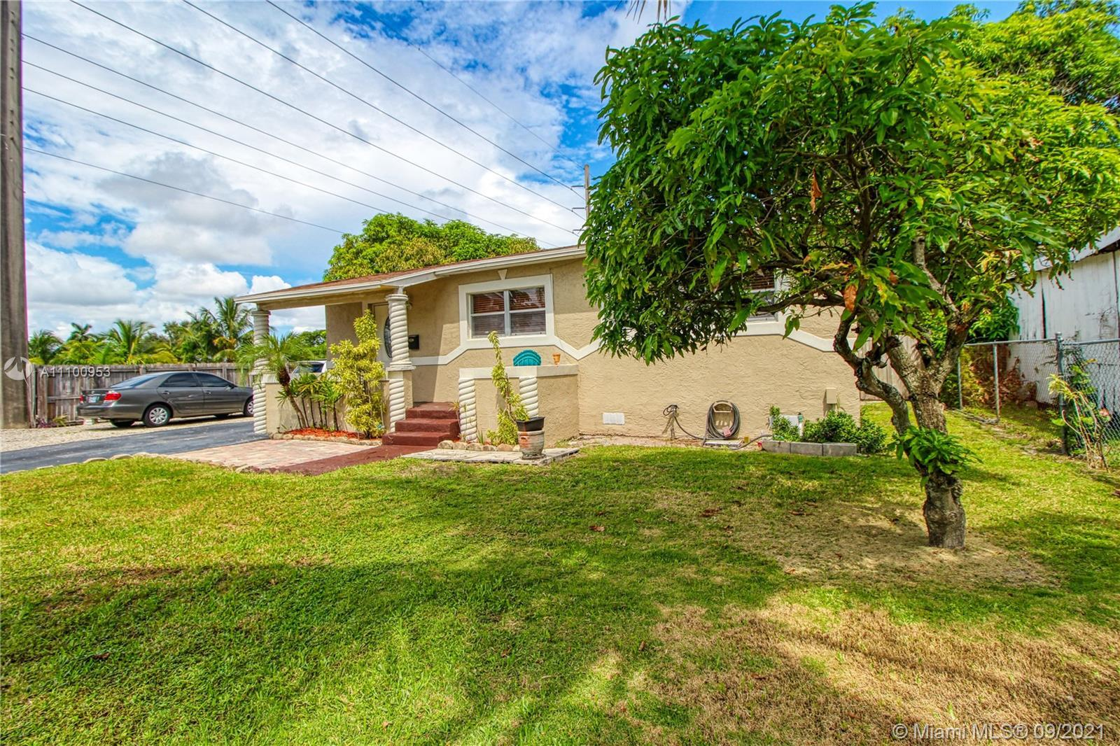 New Listing alert!!! Come tour this cozy single family home which offers a lot of private backyard s
