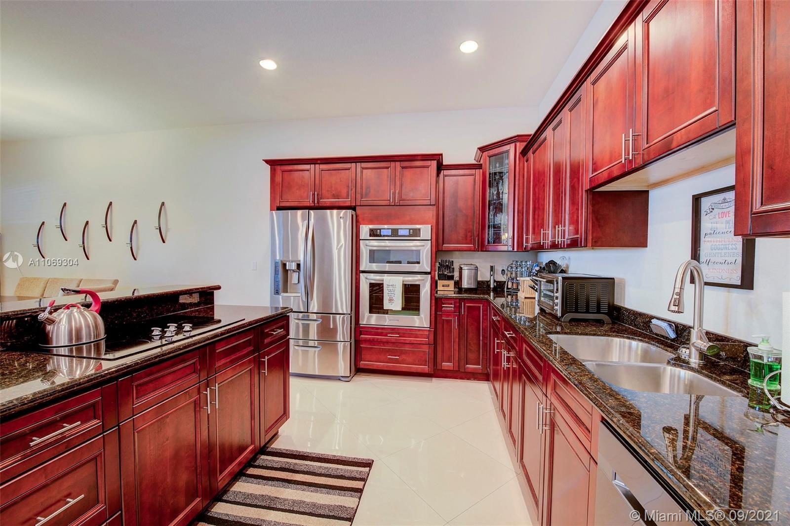 Welcome to this beautiful townhome in Santa Barbara Estates. This beautiful, spacious and bright uni
