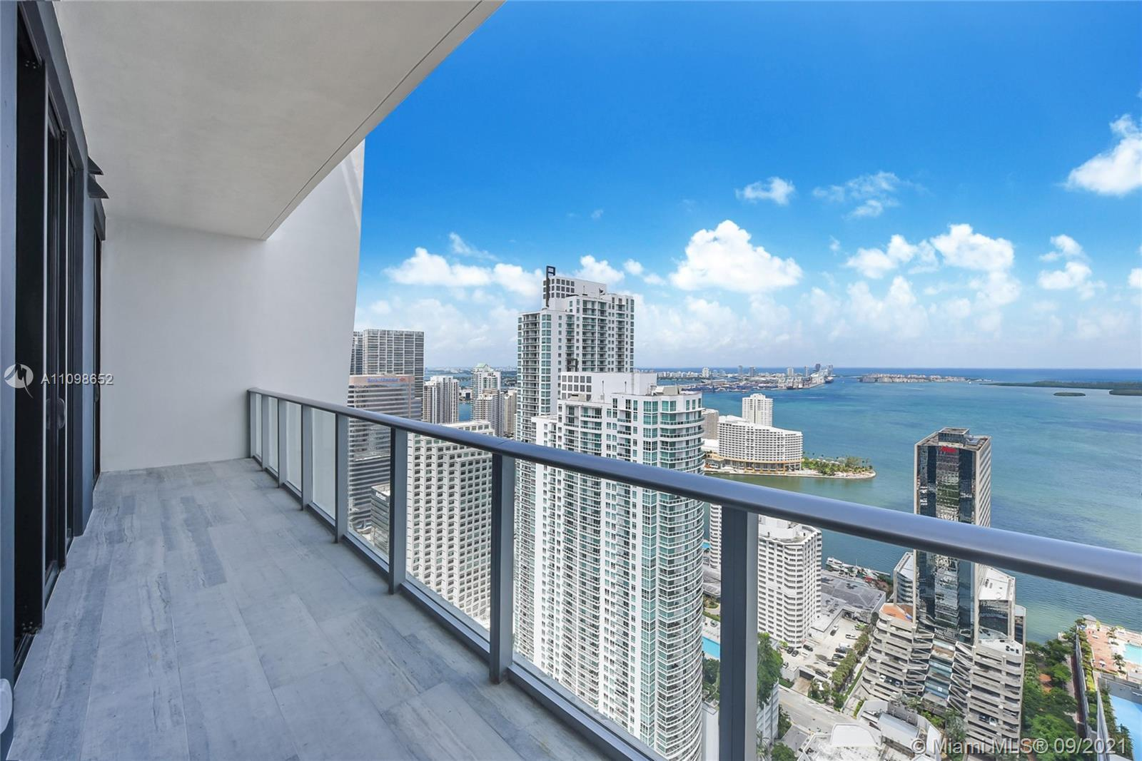 2 bed + DEN unit, centrally located in the most amazing condo in the Brickell area, LOTS of amenitie