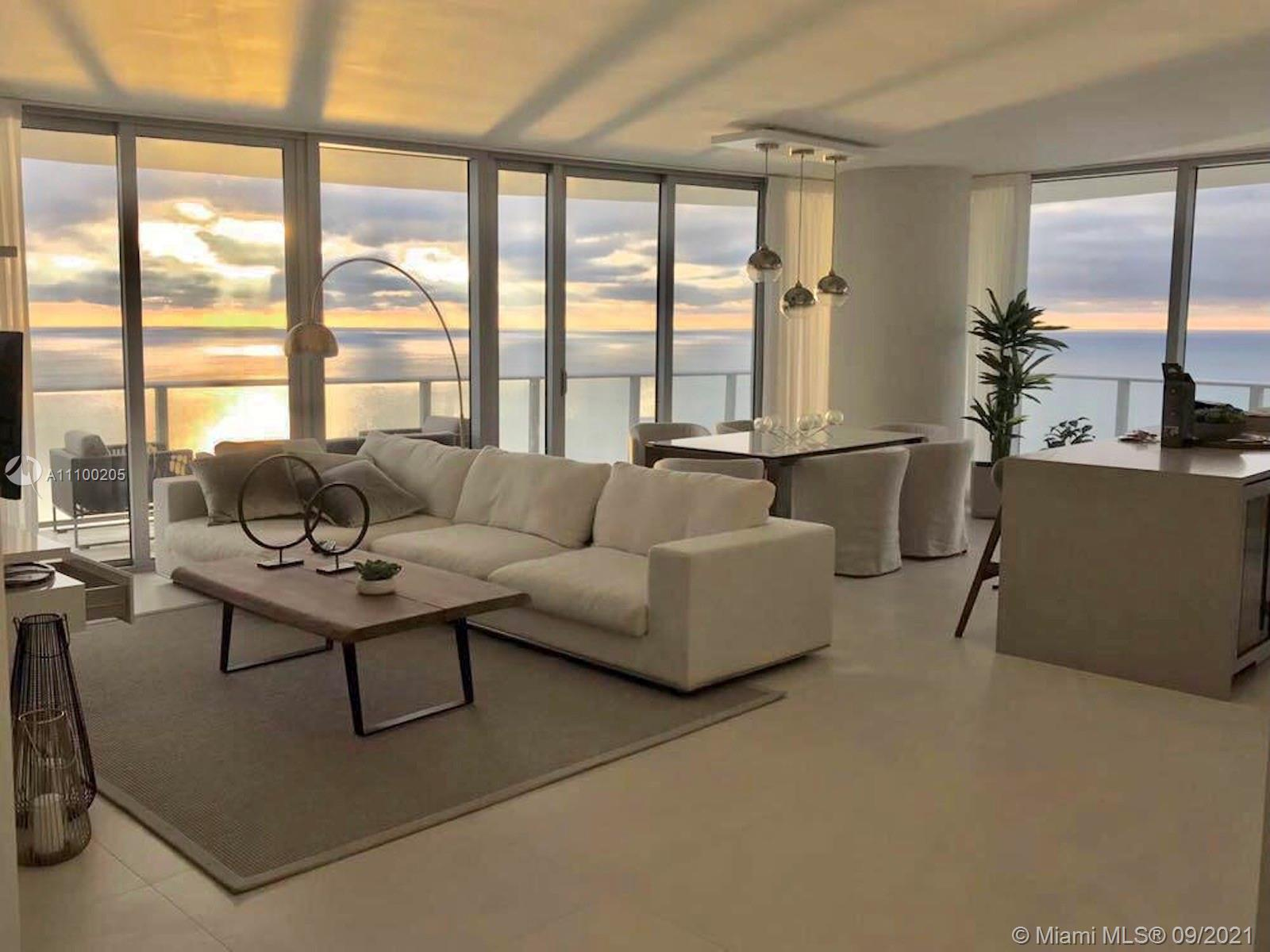 STUNNING OCEAN VIEW CONDO. FULLY FURNISHED. 3 BEDS 3 BATHS. WALKING CLOSETS. 1 PARKING , WIDE BALCON