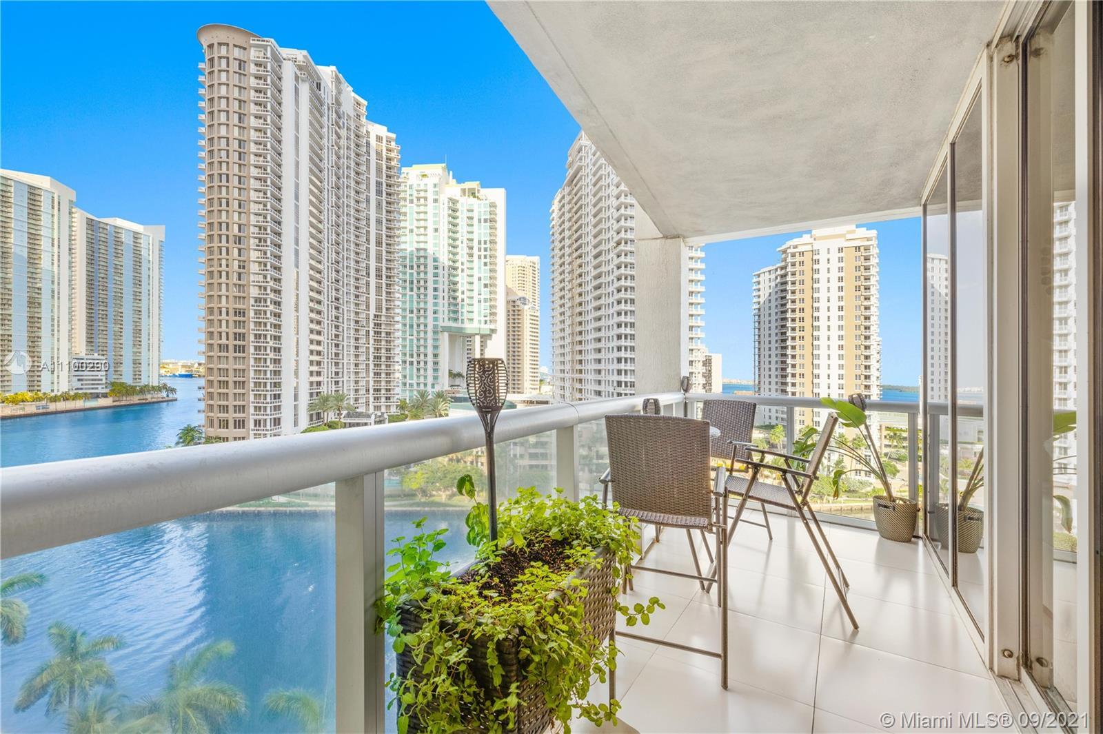 Enjoy the comfortable and elegant design of this 2 bedroom 2/ bath residence. Floor to ceiling high