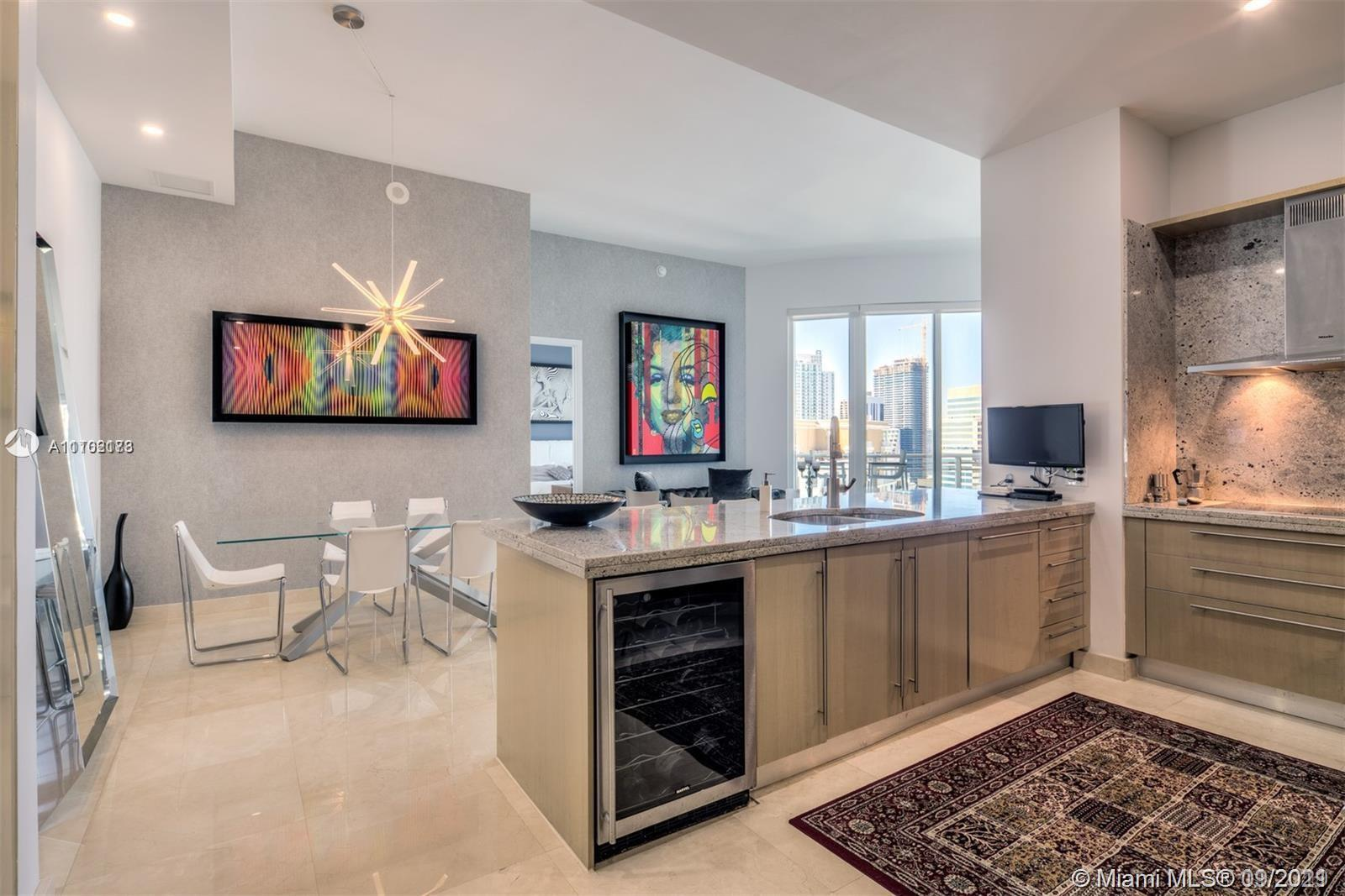 BEAUTIFUL UNIT.  ASIA CONDO 2 BEDROOMS AND 2.5 BATHROOMS WITH MARBLE FLOORS, HIGH CEILINGS, PRIVATE