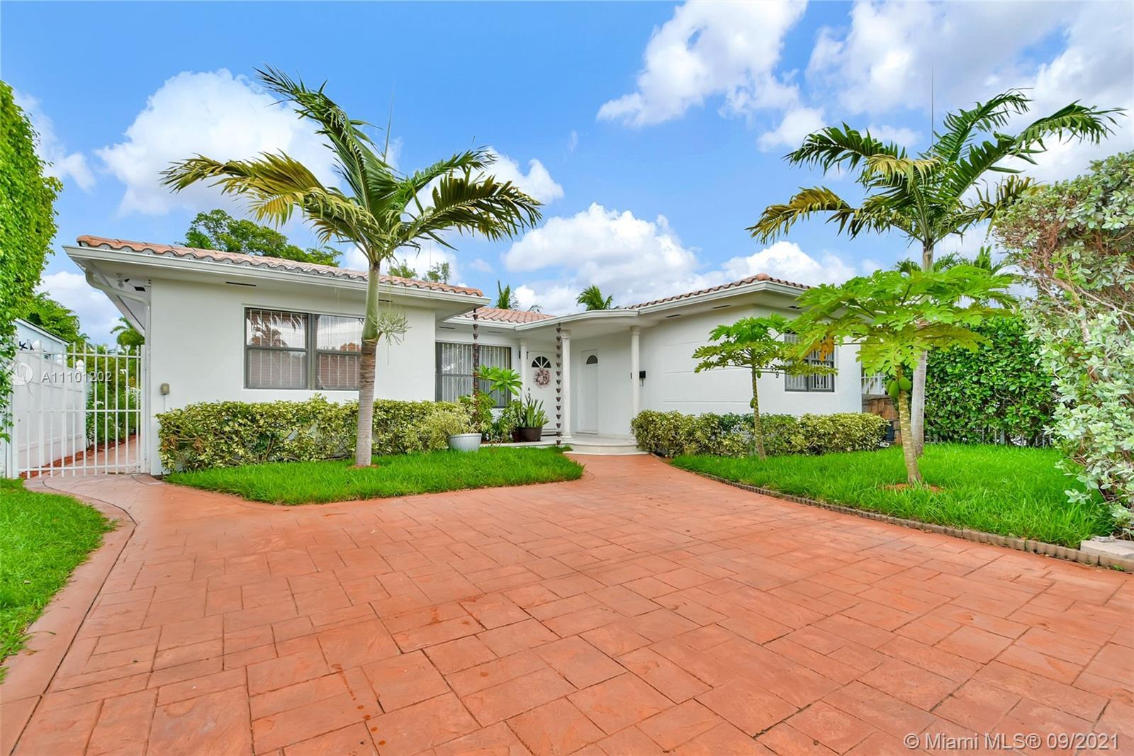 Amazing Home walking distance to the Beach and Normandy Shores Golf Course.This House features 6/3,
