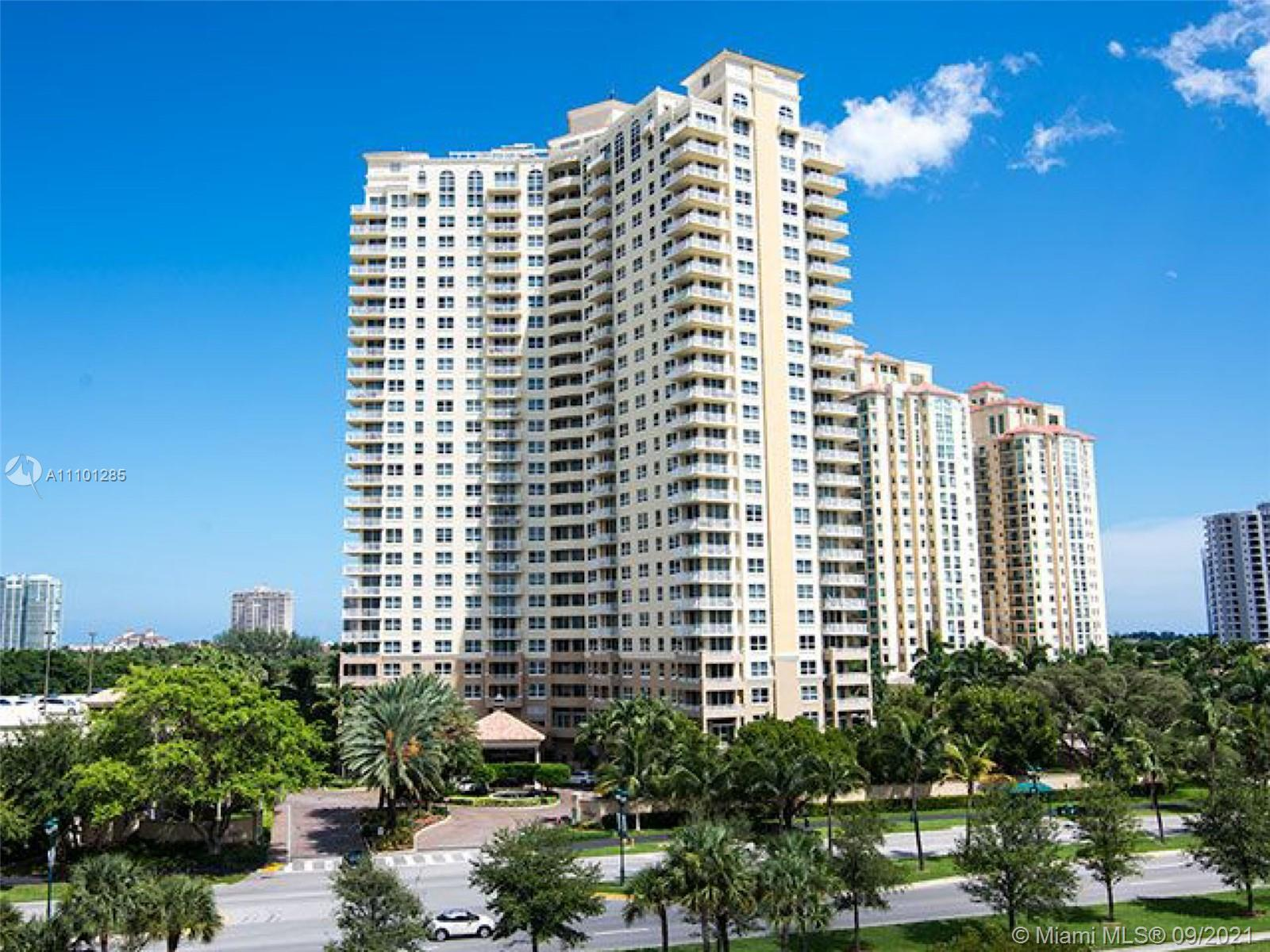 !! AMAZING OCEAN AND GOLF COURSE VIEWS OF  TURNBERRY ISLE GOLF COURSE.!! MOST WANTED UNIT LOCATION I