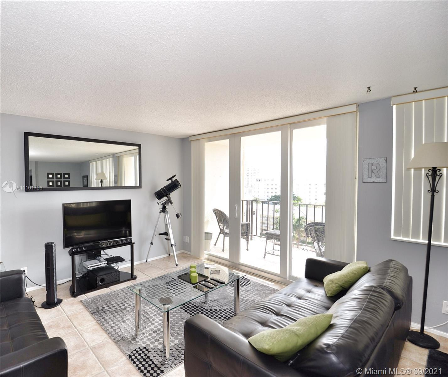 Excellent location, east of US1, desirable Coral Ridge neighborhood, 750 sq ft, one bedroom apartmen