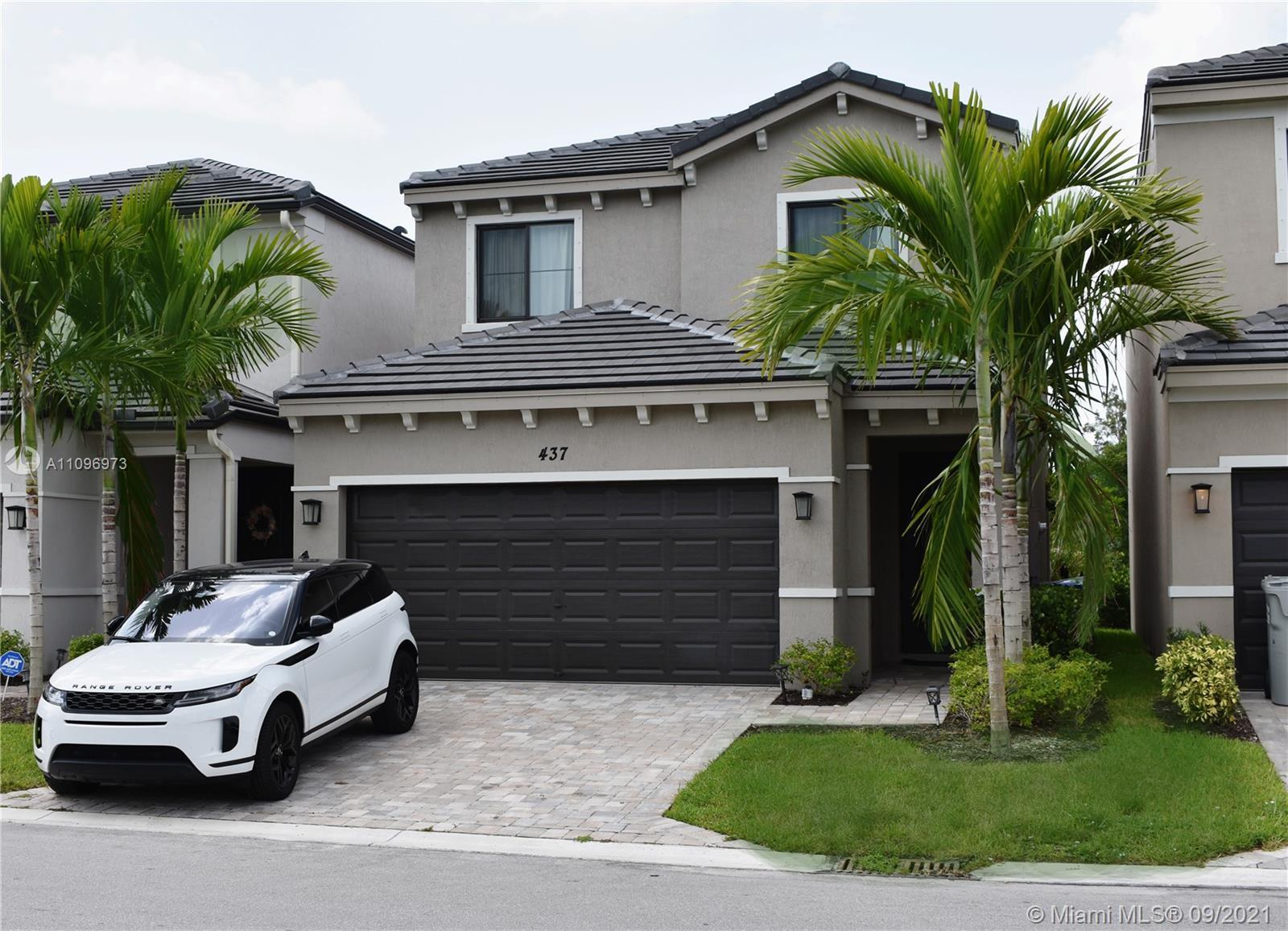 TWO-STORY NEW CONSTRUCTION SPACIOUS HOME. 3 bedroom/2.5 bath with 2 car garage. Incredible designer