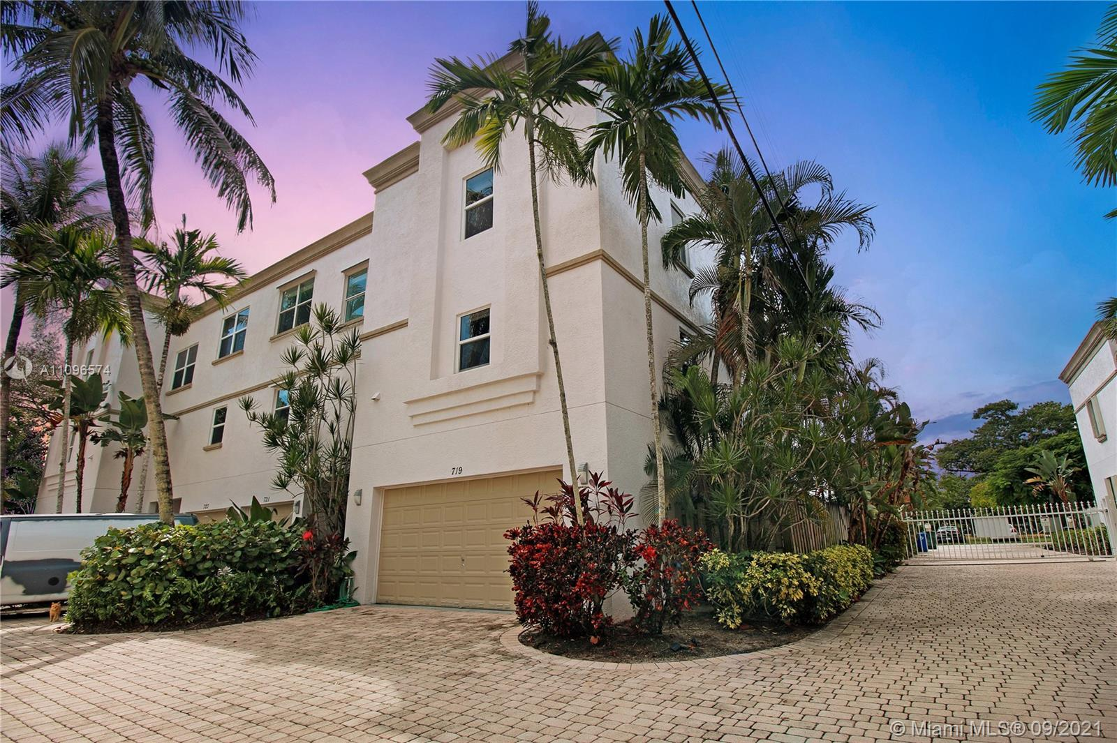 Rarely available spacious 2/2.5 townhome in highly sought after Tarpon River! This beautiful corner