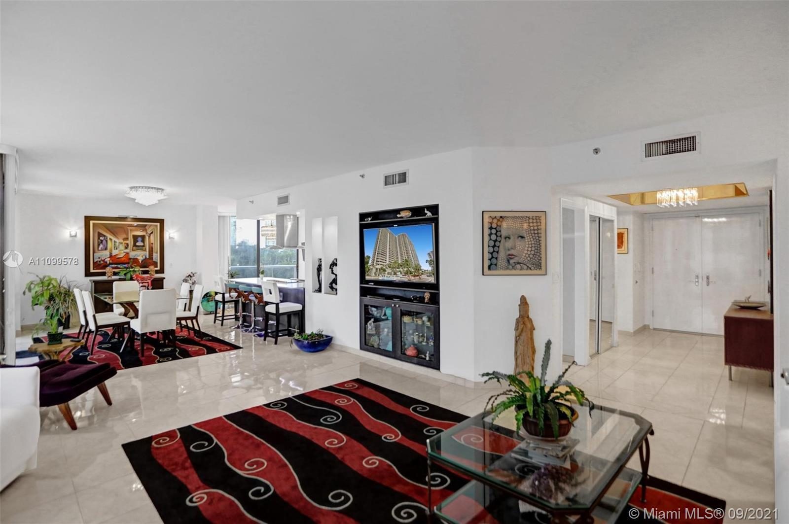 Fabulous stunning newly renovated modern residence in Hamptons West. New New New! Enter this corner