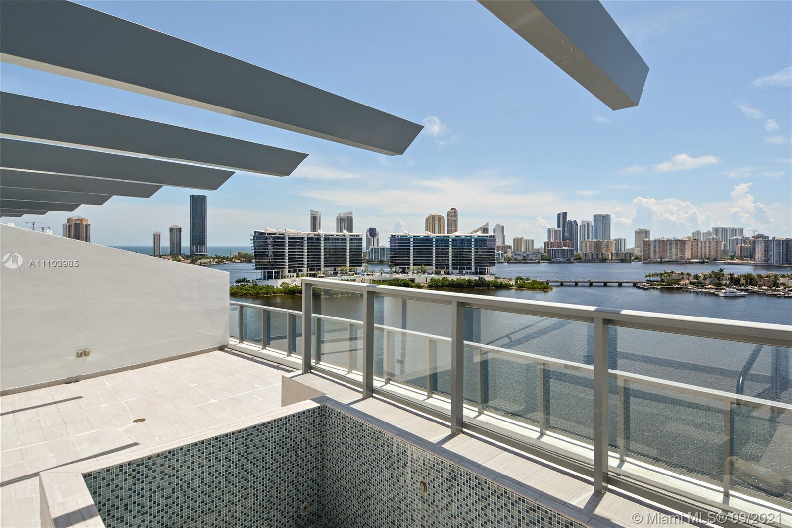 WOW! FABULOUS ECHO AVENTURA UPPER PENTHOUSE WITH ROOFTOP POOL! PRIME LINE WITH THE MOST EXQUISITE DI