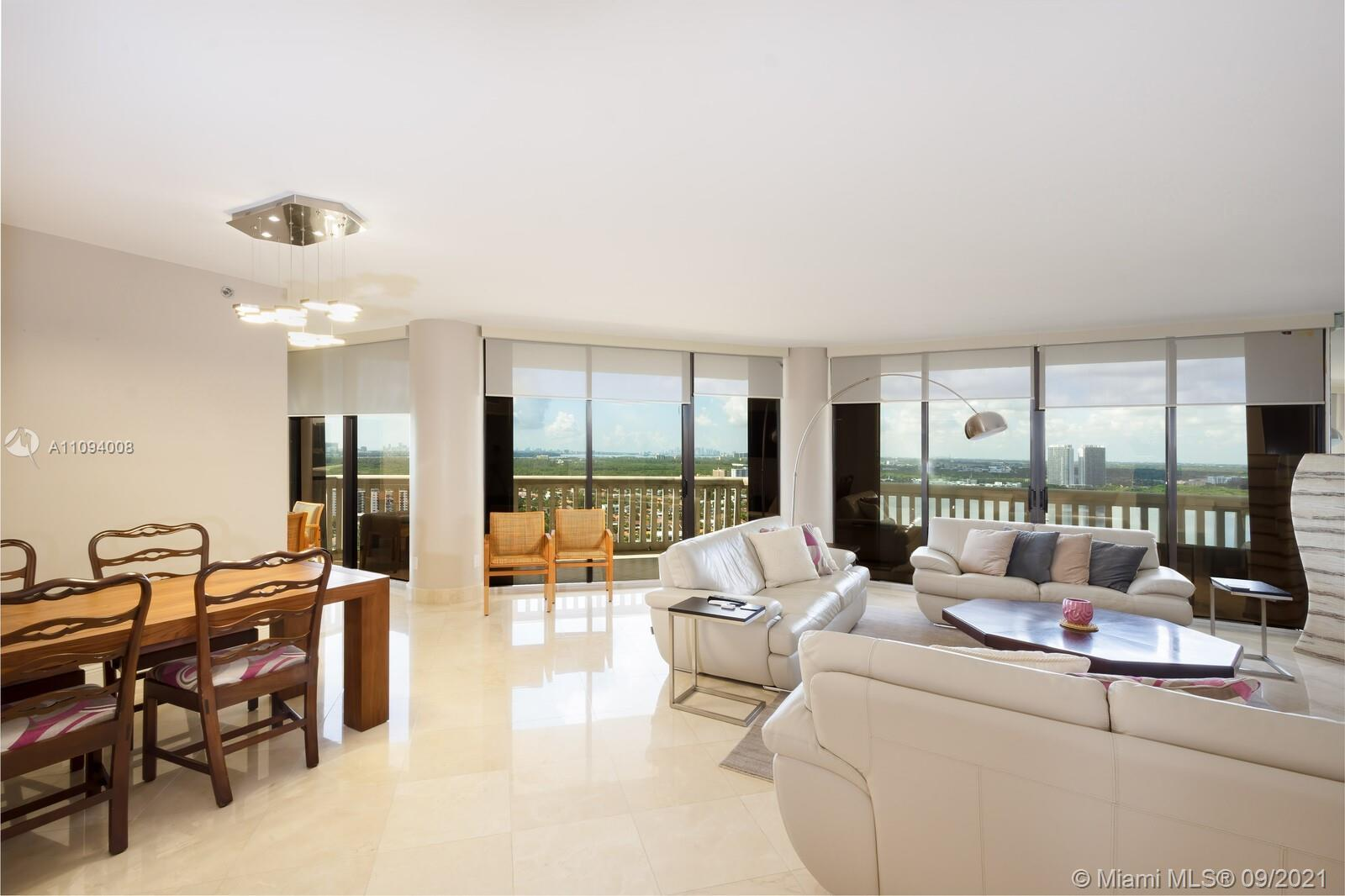 Williams Island 2000 Tower -  High Floor Two bedroom Two and half baths over 1800sqft with Intracoas