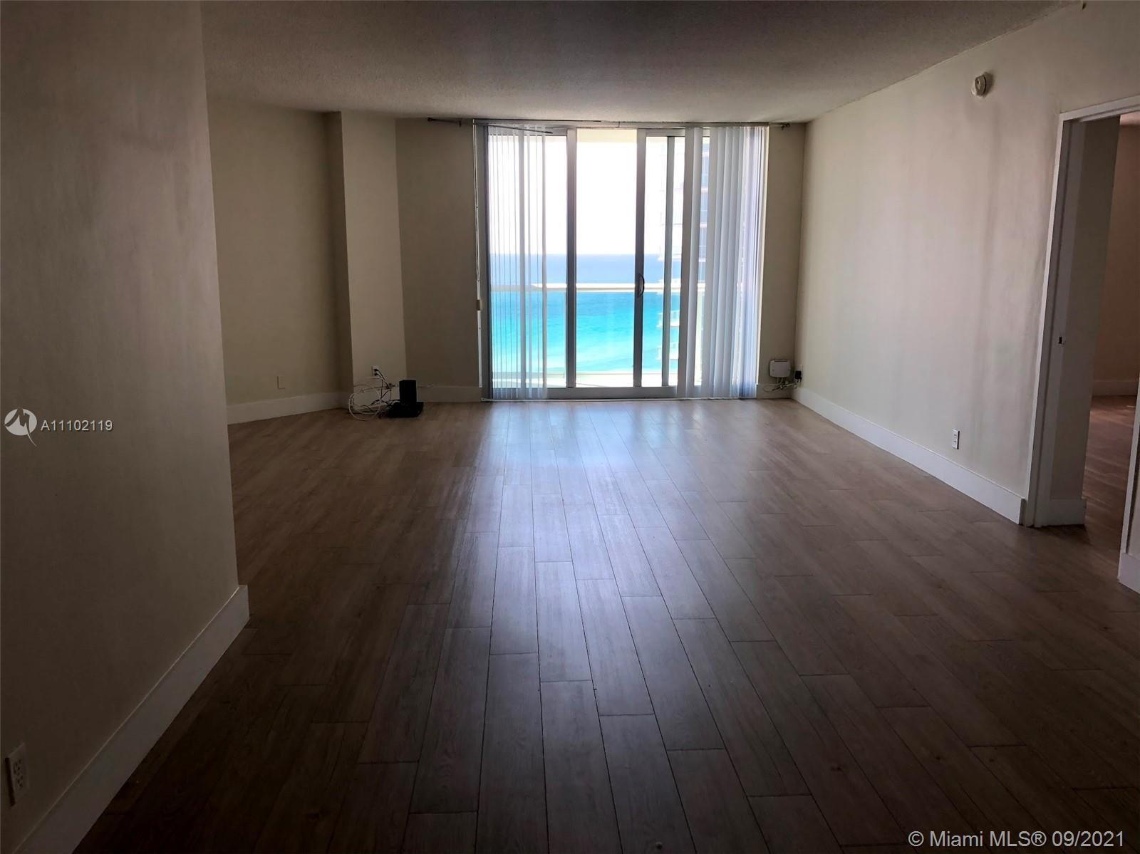 Don't miss out on buying this large ocean view 1 bedroom + den. Investor dream, currently rented. ov