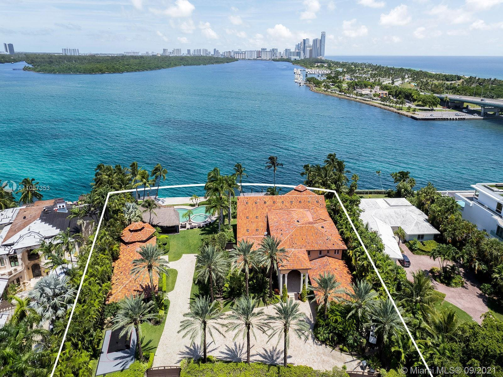 This trophy Bayfront property in the exclusive gated community of Bal Harbour Located on prestigious