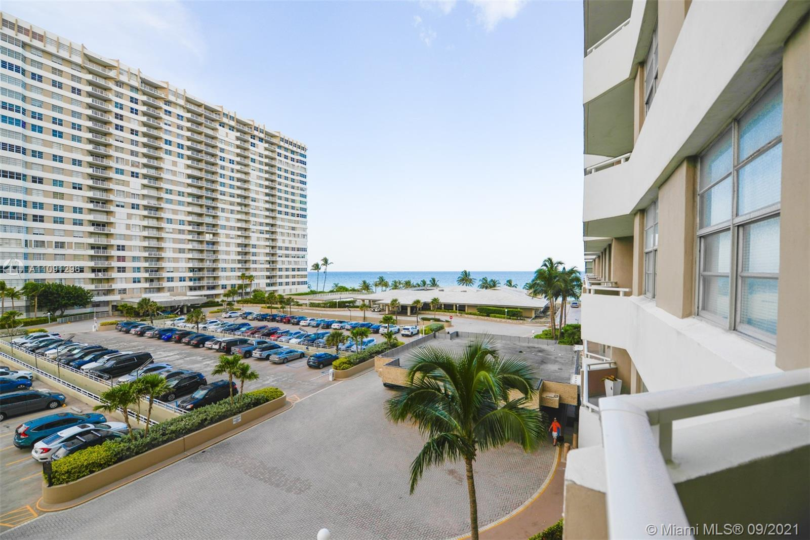 Lovey 1 bedroom unit low floor. With beautiful ocean views from balcony. Blg. Features amenities equ