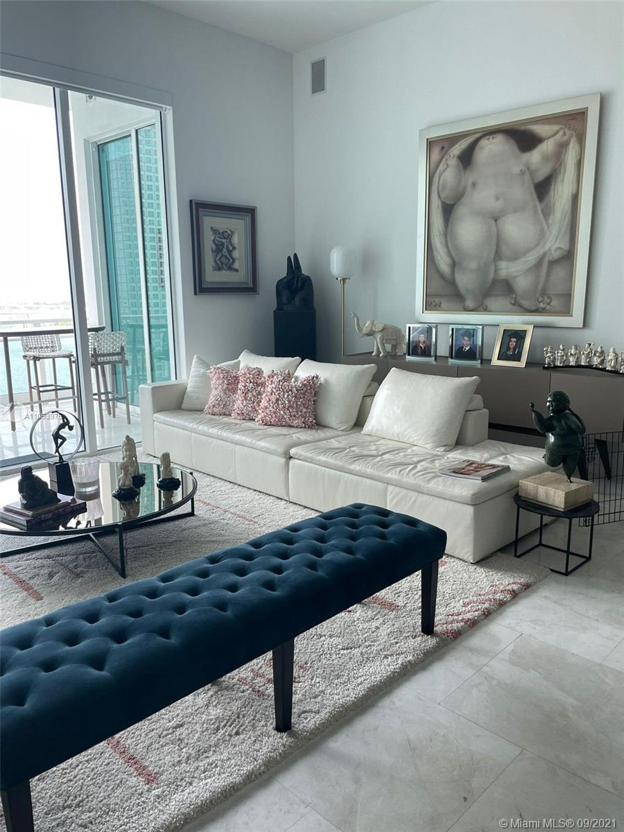 Amazing Biscayne Bay and city views from this completely furnished unit located at Asia Condo in gat