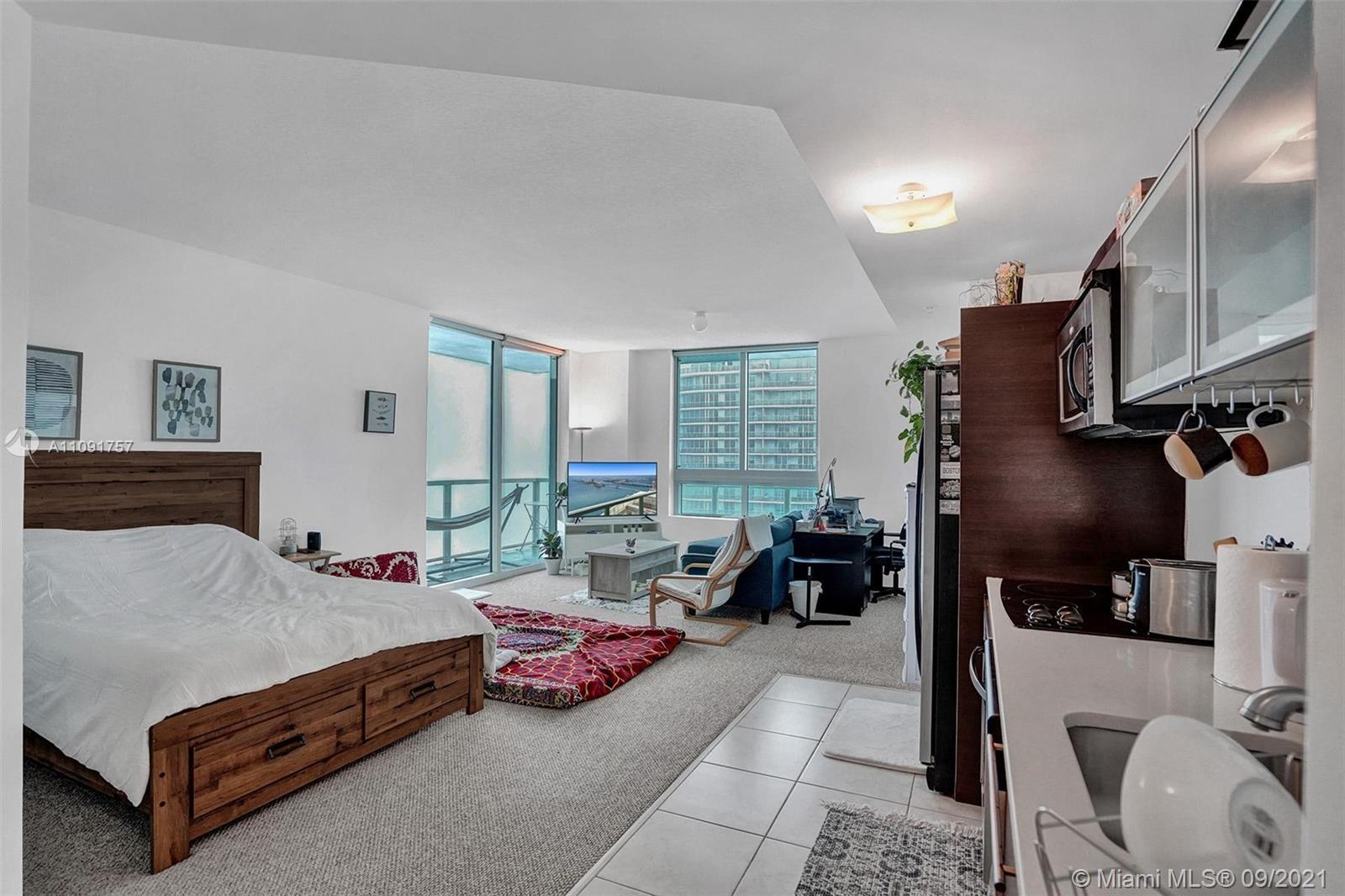 Stunning BAY VIEWs from the 47th floor with an extra-large balcony for this corner unit.  Impact win