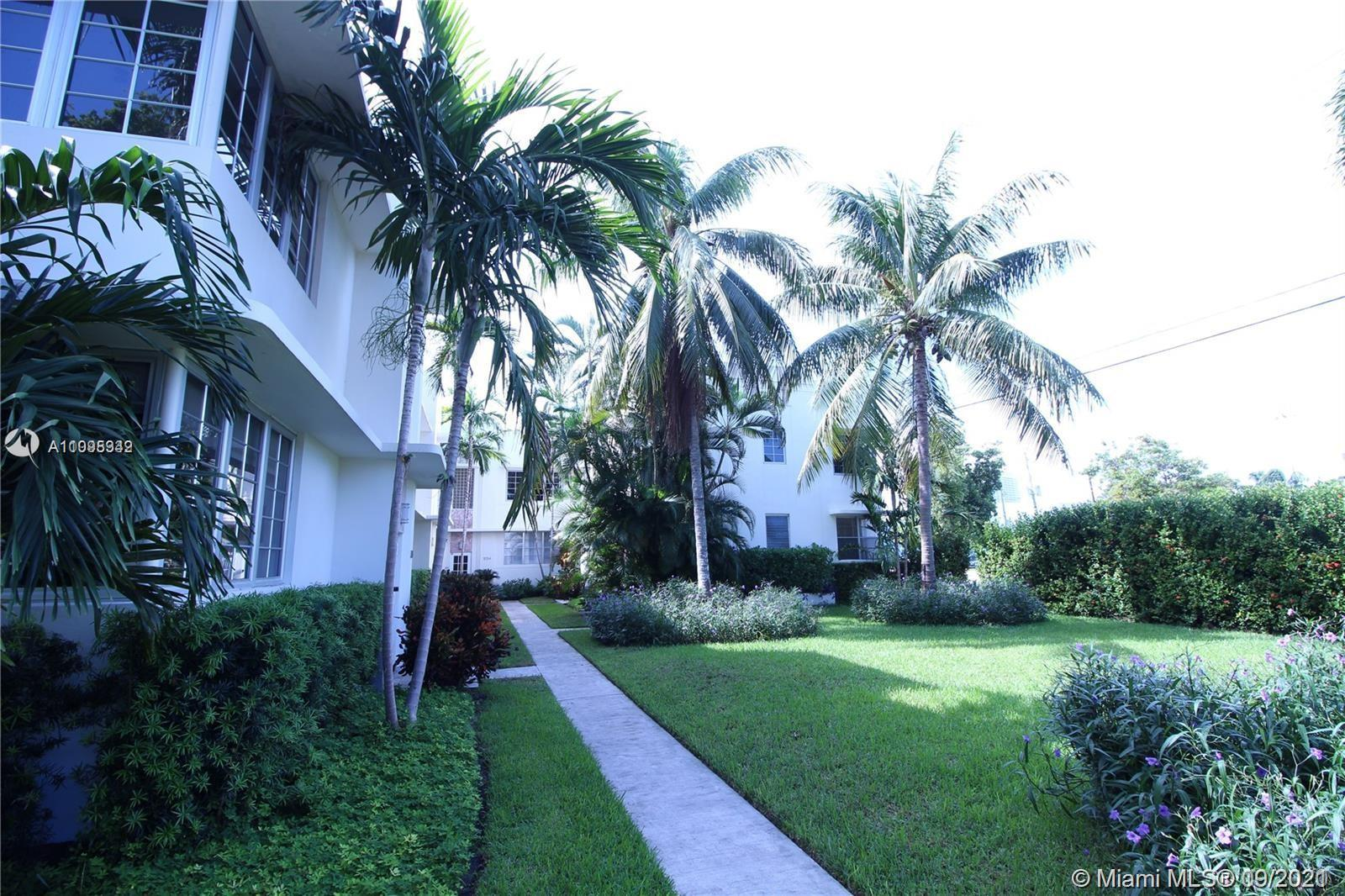 Located Directly AcrossThe Street From Flamingo Park, This Very Large 720 Sq, Ft One BedroomFeatur