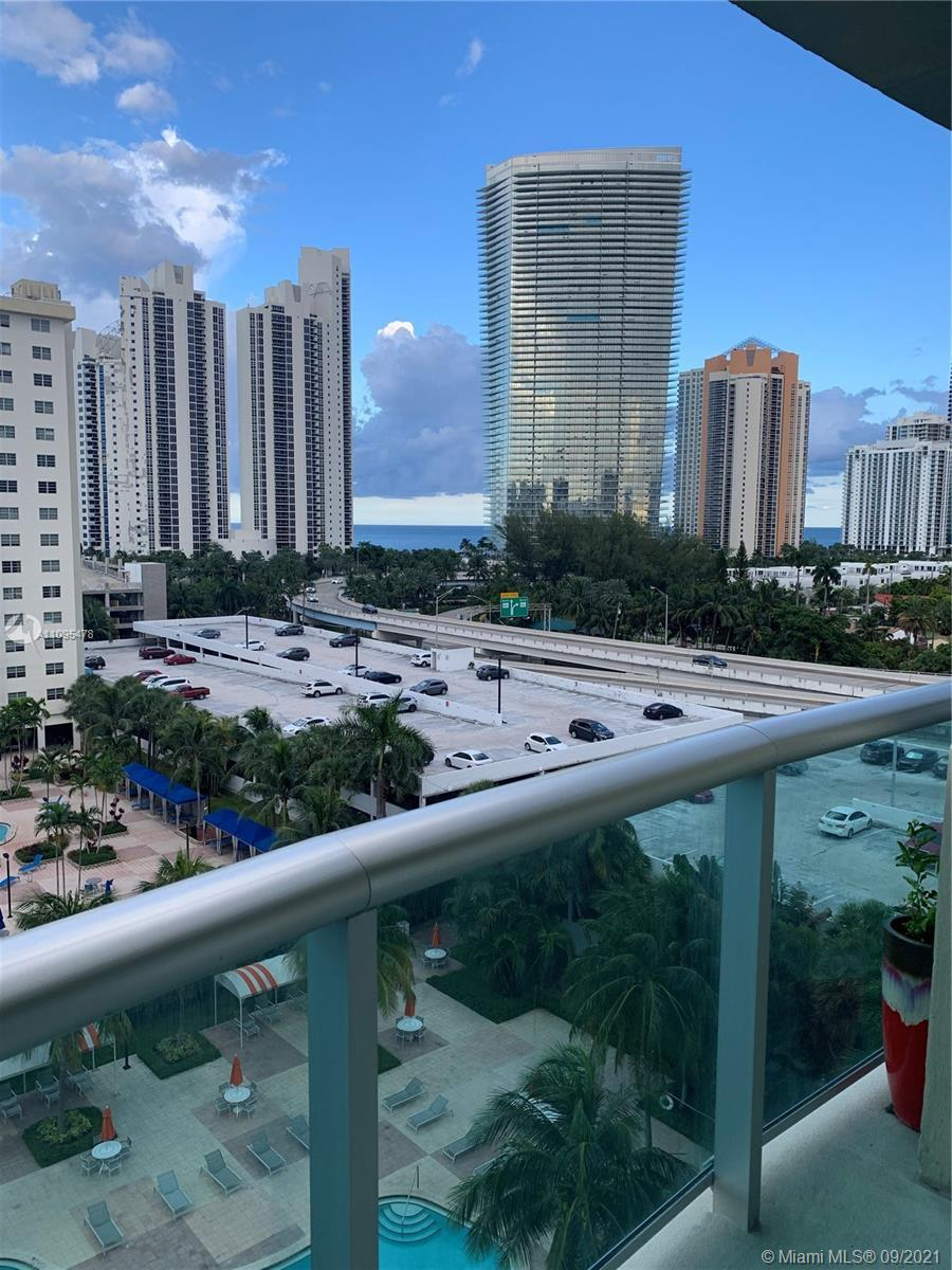 BEAUTIFULL 1 1 1/2 APARTMENT IN THE HEART OF SUNNY ISLE WITH AMAZING VIEWS AND AMENITIES, VERY WELL