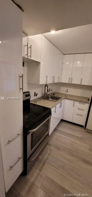 Corner Unit on 7 the Floor , Beautiful view front and from the balcony . Semi remodeled , need some