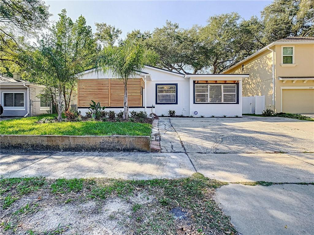 Welcome home to the prestige neighborhood in the stunning South Tampa Beach Park area! This home is