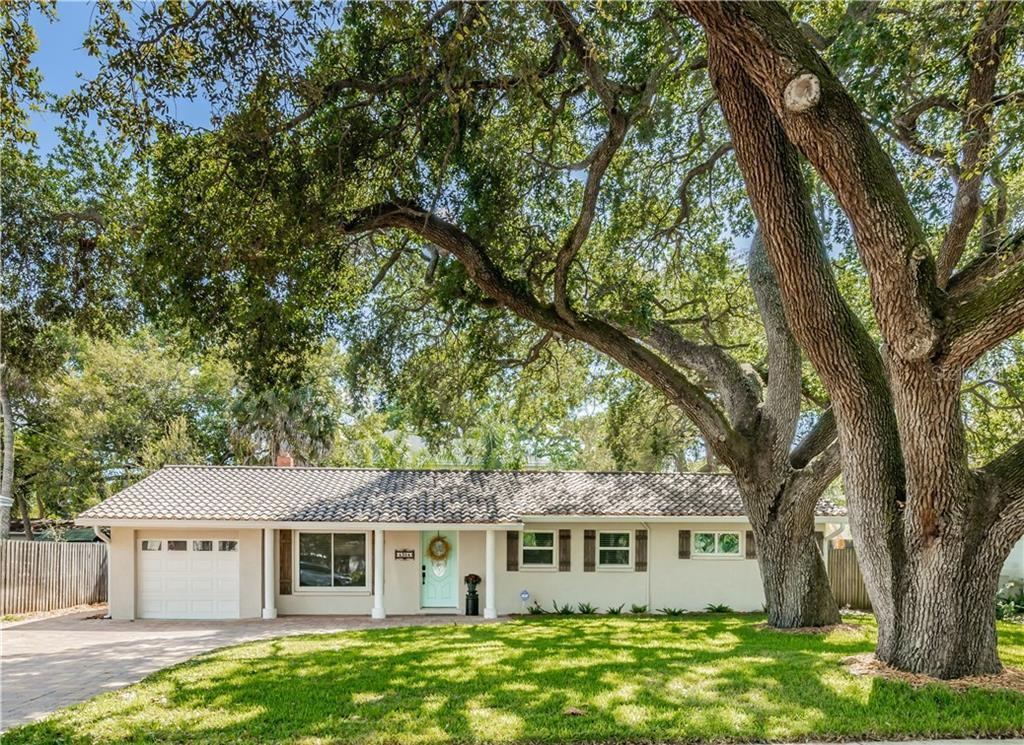 Don't miss this Fantastic 3BR Ranch with Outstanding Curb Appeal in Plant District! This fabulous ho