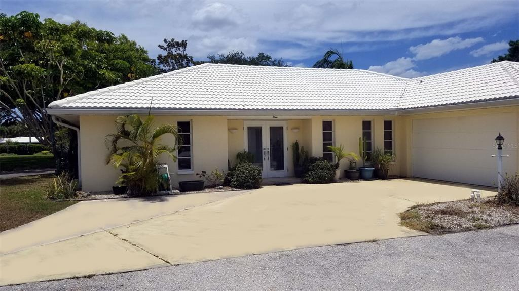 Englewood Isles Waterfront Home - Minutes from the Gulf of Mexico with your own boat lift & dock! Th