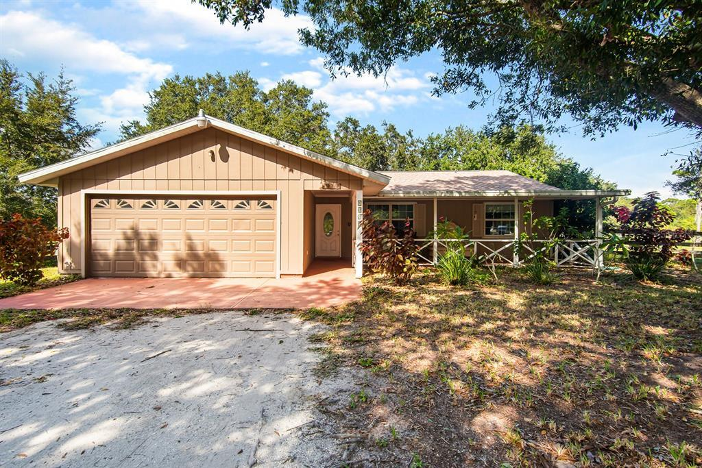 Do you love peace, nature and privacy and maybe future business option? This well maintained 3 br, 2