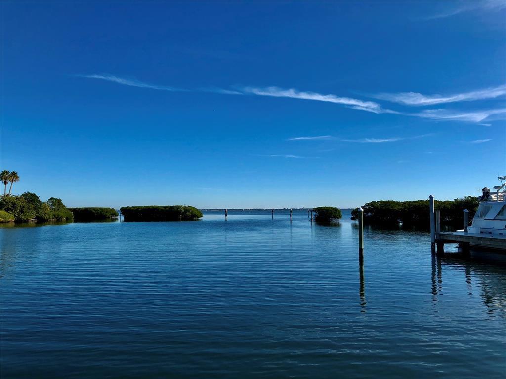 2600 Harbourside Dr #C-13, Longboat Key, FL, 34228