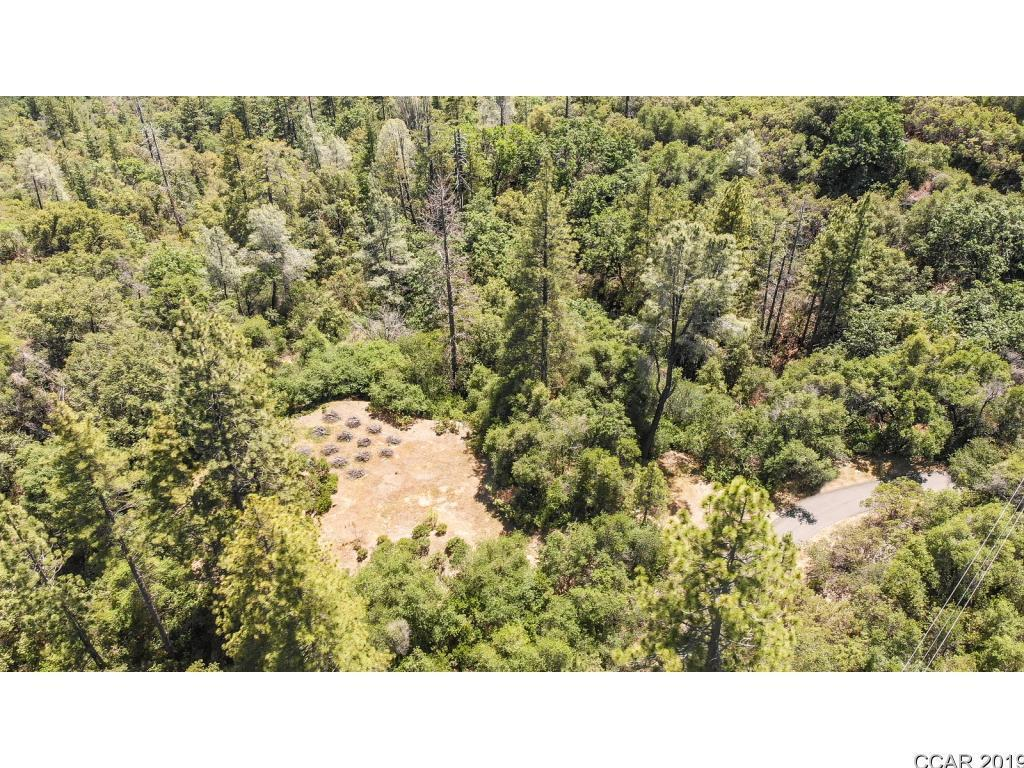What Beautiful views from this 20 acre Treed property that fronts Pennsylvania Gulch and Ranch View and Manzanita Point. Access is thru a private gate at Manzanita Pt. The Road is all paved to the property plus Electricity and phone are to the property. Adjoining property with home is also for sale at $2,198,000 MLS number 1900012.