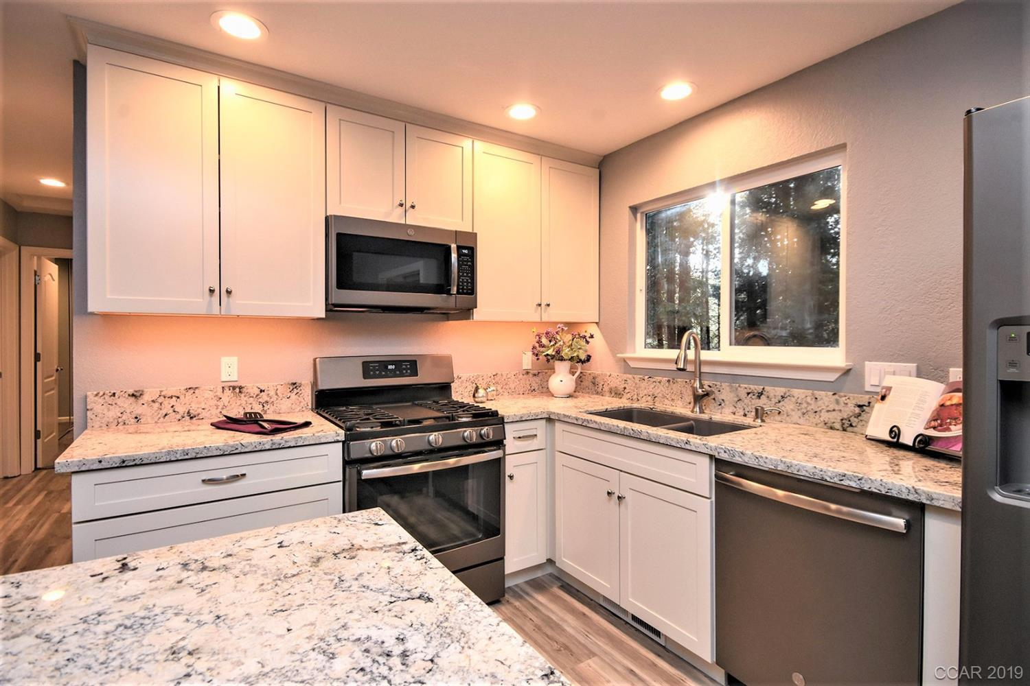 1584 Meadowview Rd, Arnold, CA, 95223