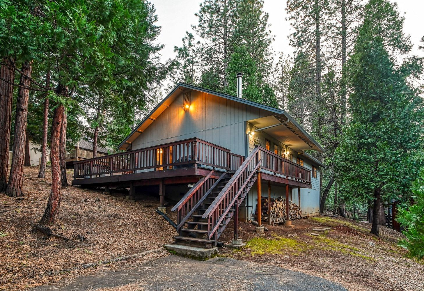 1896 Evergreen Dr, Arnold, CA, 95223