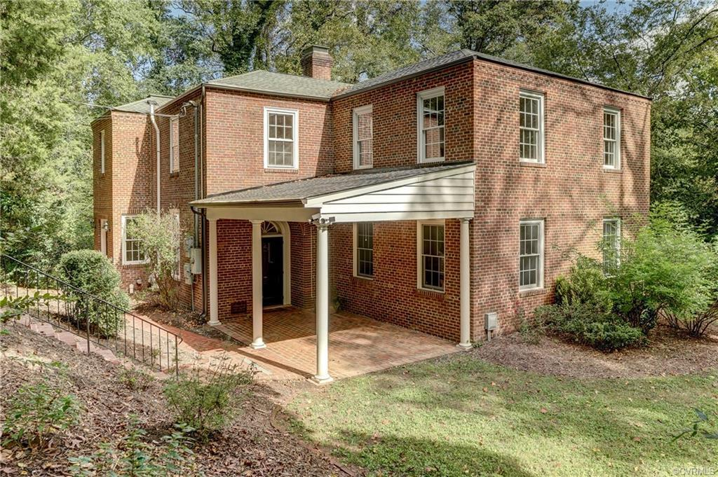 EXTRAORDINARY OPPORTUNITY! Spacious Brick Colonial in a Sought-After Location by the River in Southa