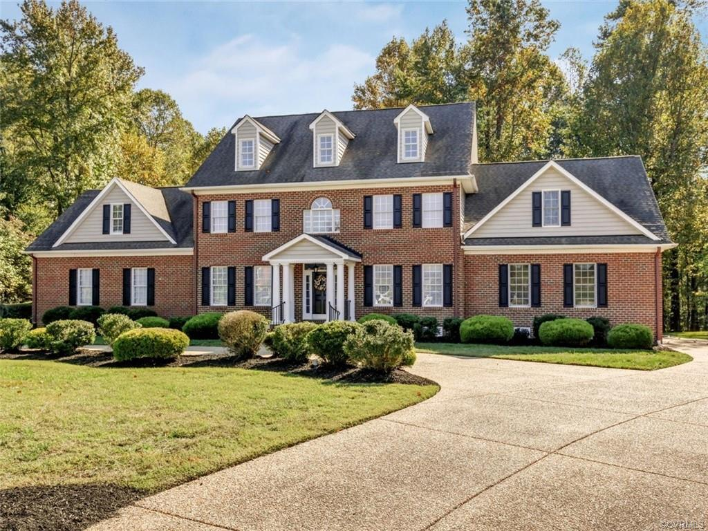 Phenomenal opportunity to own a stately colonial situated on over an acre lot in Hanover!! This stun