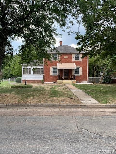 4 bedroom 1 1/2 bath home priced to sell.