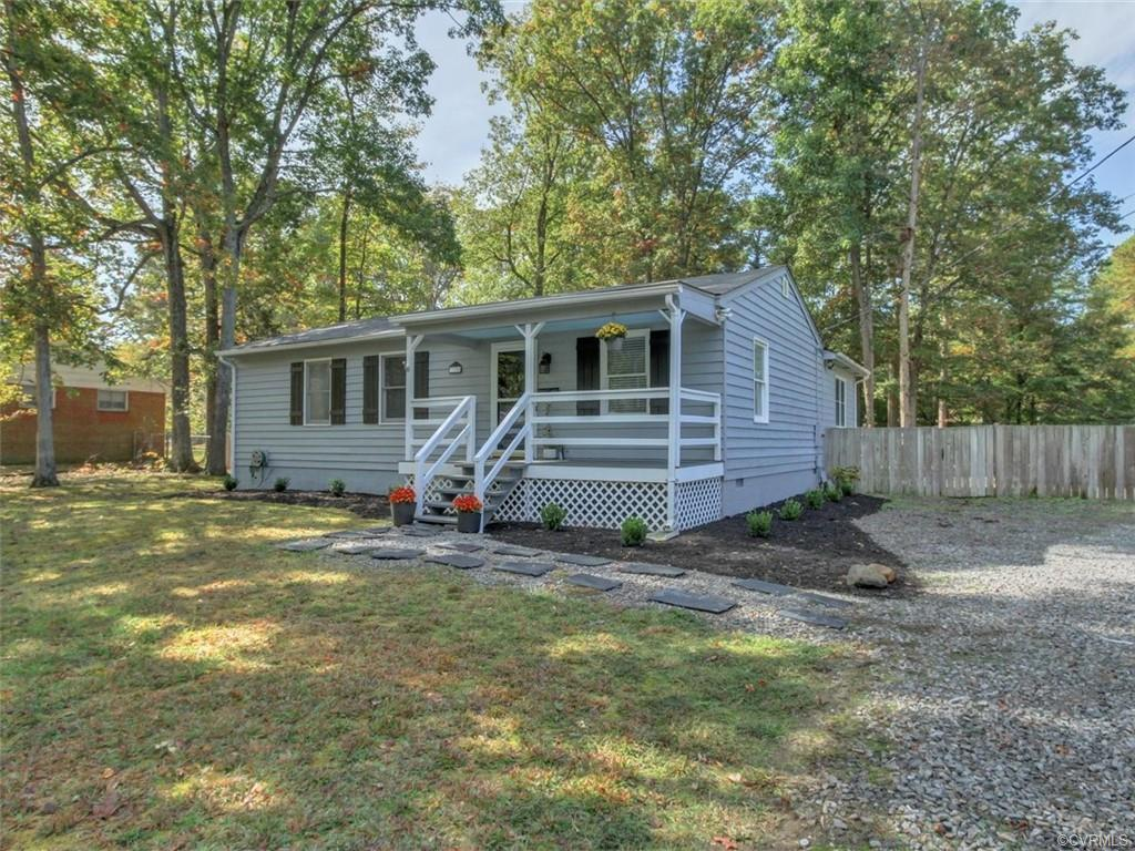 Updated one level charmer in walkable Forest Hill/Westover Hills area. Huge lot over half an acre! M