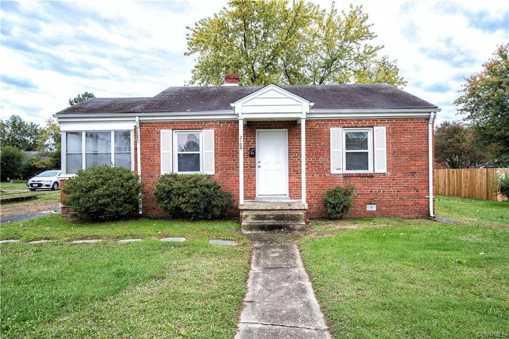 Welcome to 3105 Winchester Street! This lovely 2 bedroom 1 bathroom home is located centrally in Hen