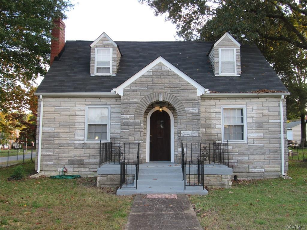 You must see this charming stone Cape in the heart of Lakeside! Features include fresh paint, new ki