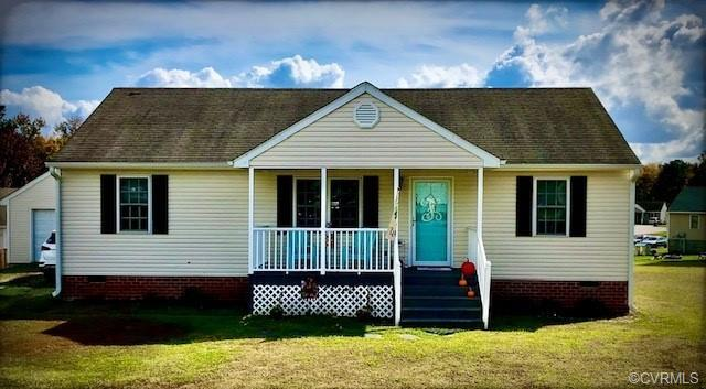 Nestled in a quiet cul de sac within walking distance of Matoaca Elementary School this charming ran