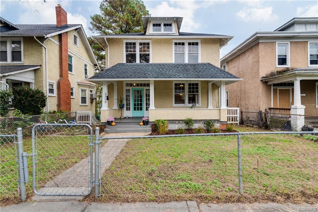 Welcome to 2509 Third Ave - a historical four bedroom stucco American 4 Square! Upon arriving you'll