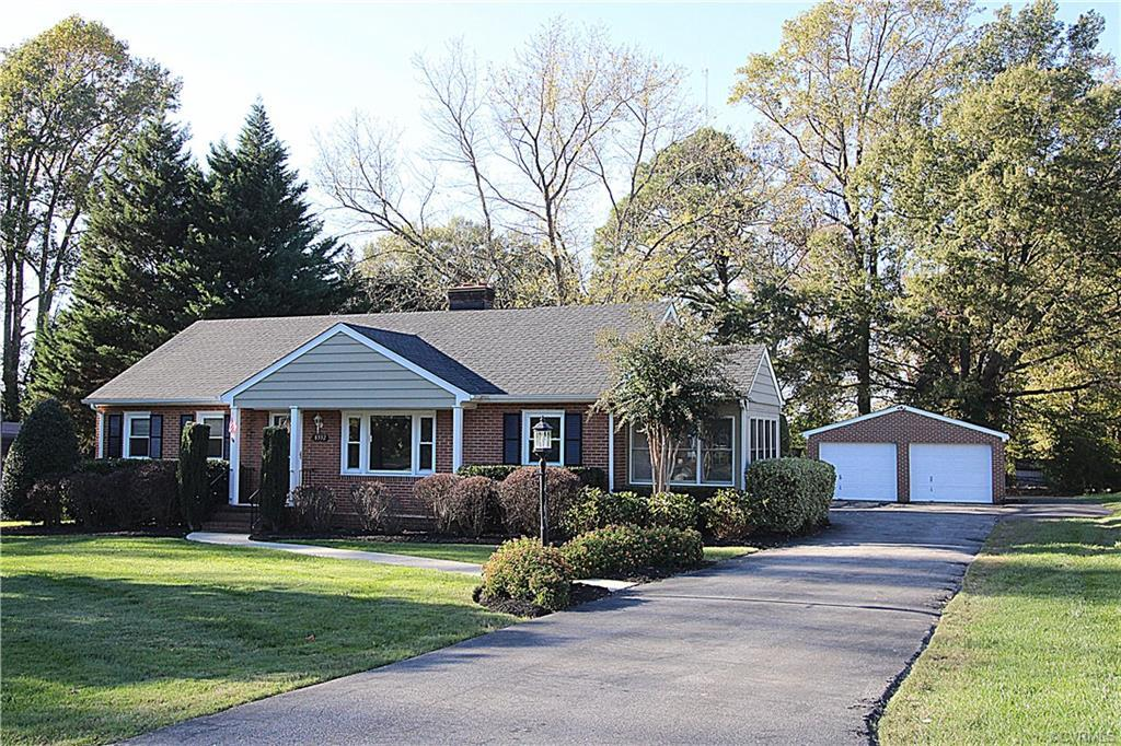 Great Location close to Memorial Regional Hospital and I-295. This charming brick ranch style home h