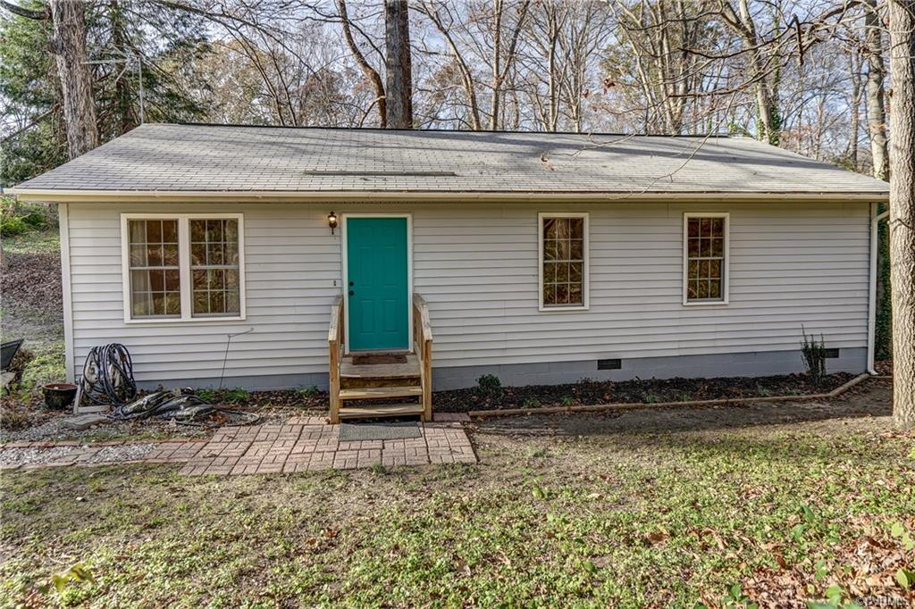 Cute home in Hanover High District! The home offers 3 bedrooms and 2 full baths and sits on a tranqu
