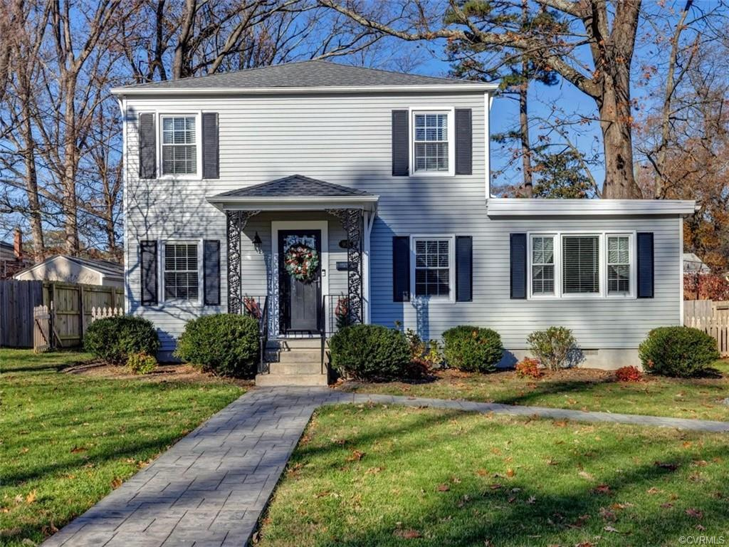 Charming 4 bed, 2 full bath Colonial on one of the most sought-after blocks in the Near West End! Gr