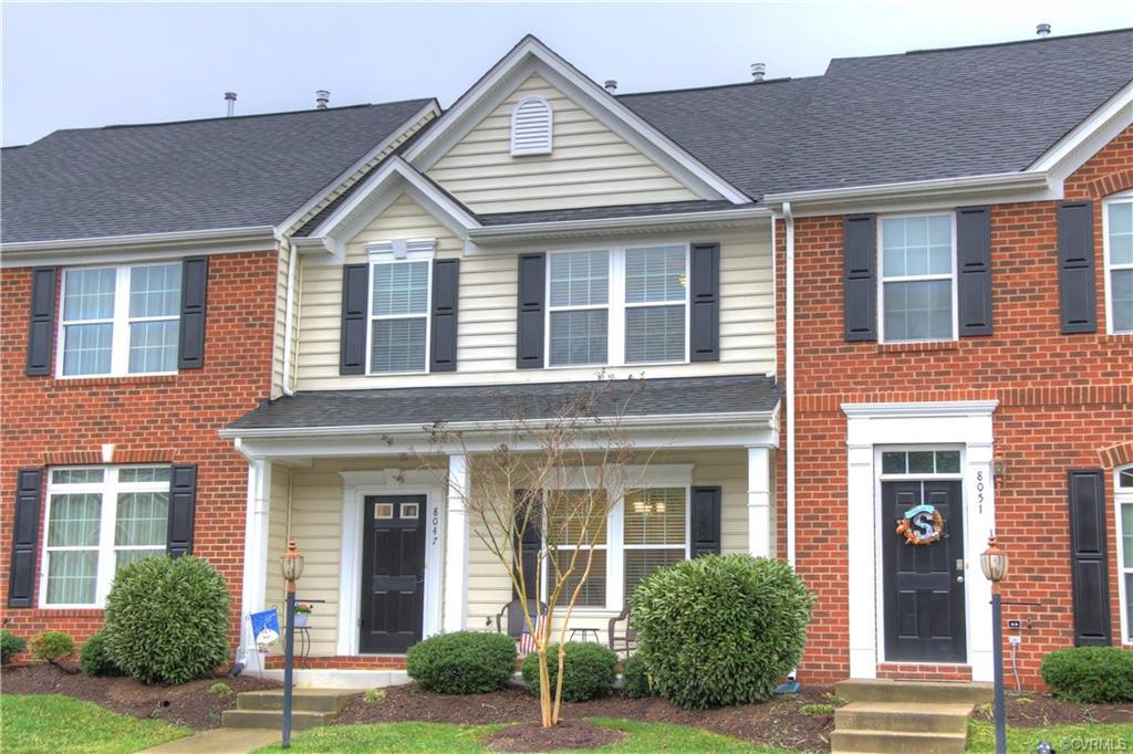Creekside Village is a tranquil Townhouse Community located just off Mechanicsville Turnpike. Enjoy