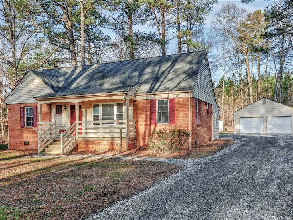 Welcome to 404 Pagebrook Drive, conveniently located with easy access to Rt. 288 in eastern Goochlan