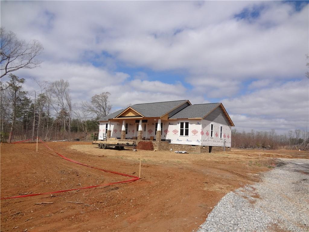 BEAUTIFUL RANCH HOME, NEW CONSTRUCTION, THREE BEDROOMSM TWO BATHS, GREAT ROOM, DINING AREA KITCHEN,