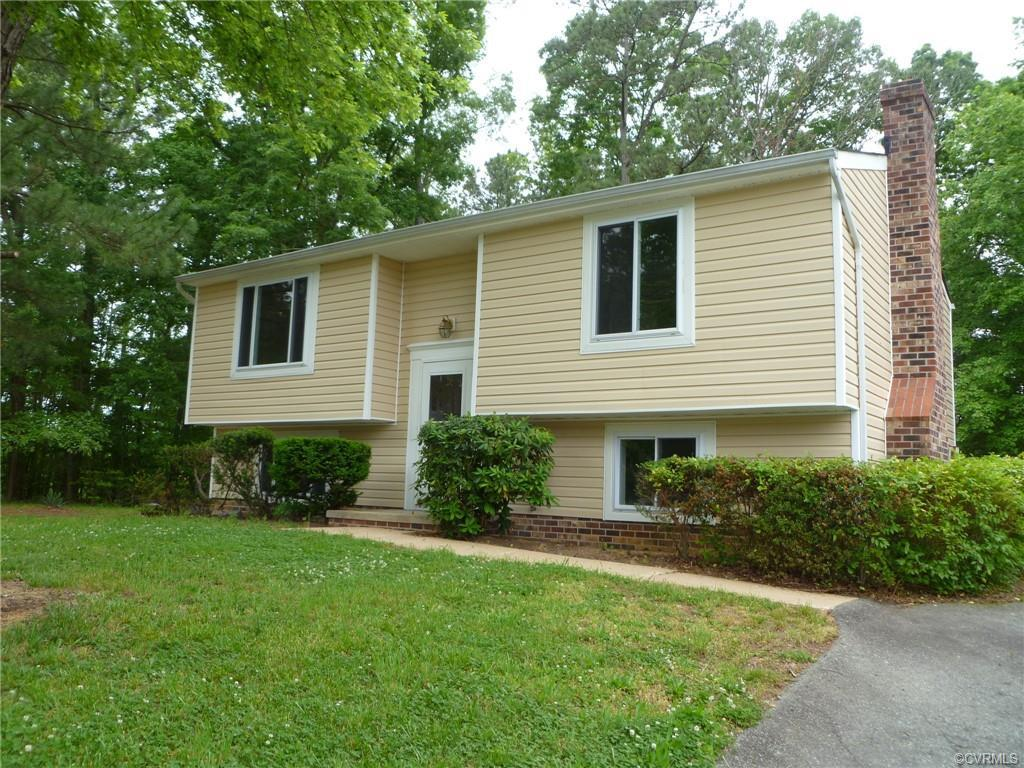 """AMAZING Move-In Ready Renovation!! """"NEW"""" describes most all features of this home. ALL NEW KITCHEN,"""