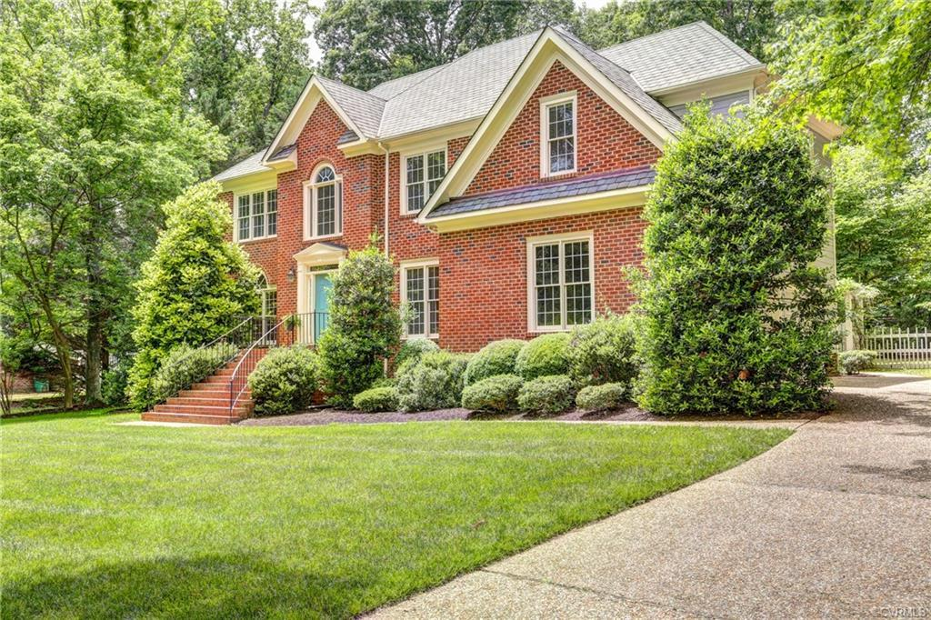Great 4 Bedroom, 2 ½ bath home with over 2900 SF in popular Huguenot Farms! Situated on a lovel