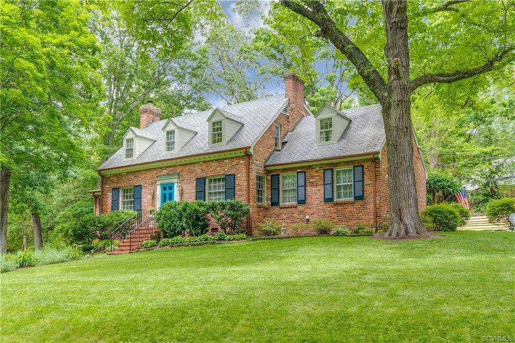 Come experience the classic Richmond charm of this well-kept 1950's cape in Westover Gardens.
