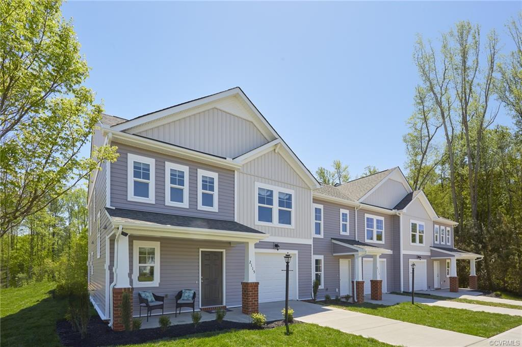 MOVE-IN NOW! LOW MAINTENANCE TOWNHOMES WITH AMENITIES AND 1-CAR GARAGES CONVENIENTLY LOCATED MINUTES