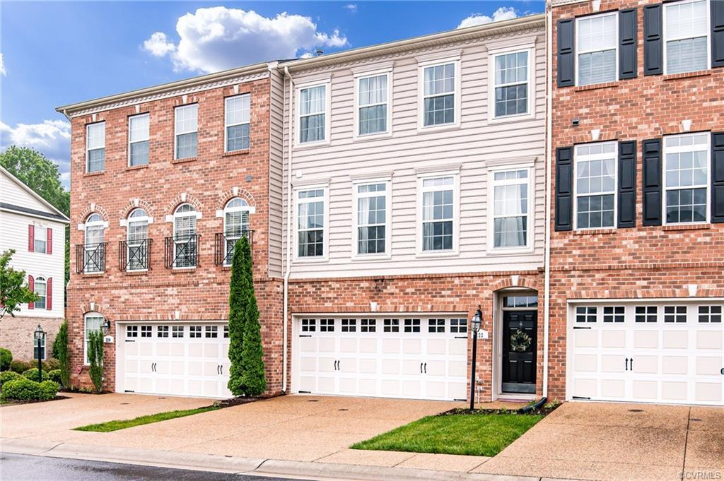 Welcome to the Villas at Hunton Park! Embrace maintenance-free, luxury living in this gorgeous 3-sto