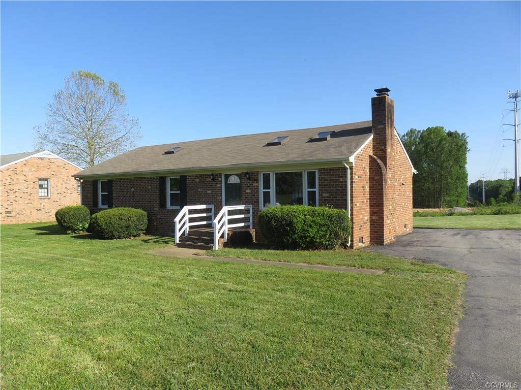Remodeled All Brick 3 bedroom Rancher.Kitchen has been brought up to modern standards with new count